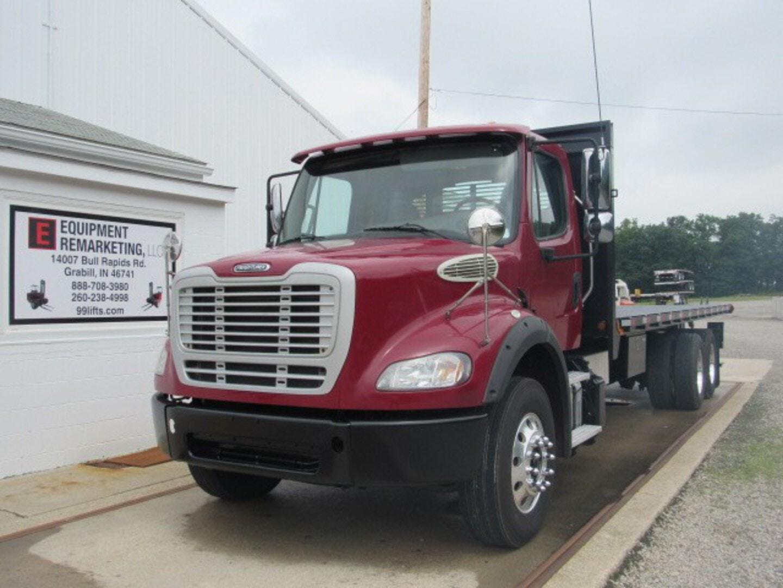 Used, 2015, Freightliner, M2 112, Flatbed Trucks
