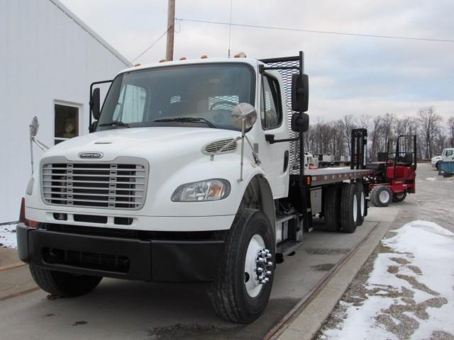 Used, 2013, Freightliner, M2 106, Flatbed Trucks