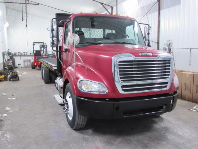 Used, 2014, Freightliner, M2 106, Flatbed Trucks