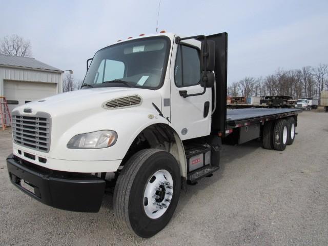 Used, 2013, Freightliner, M2 , Flatbed Trucks
