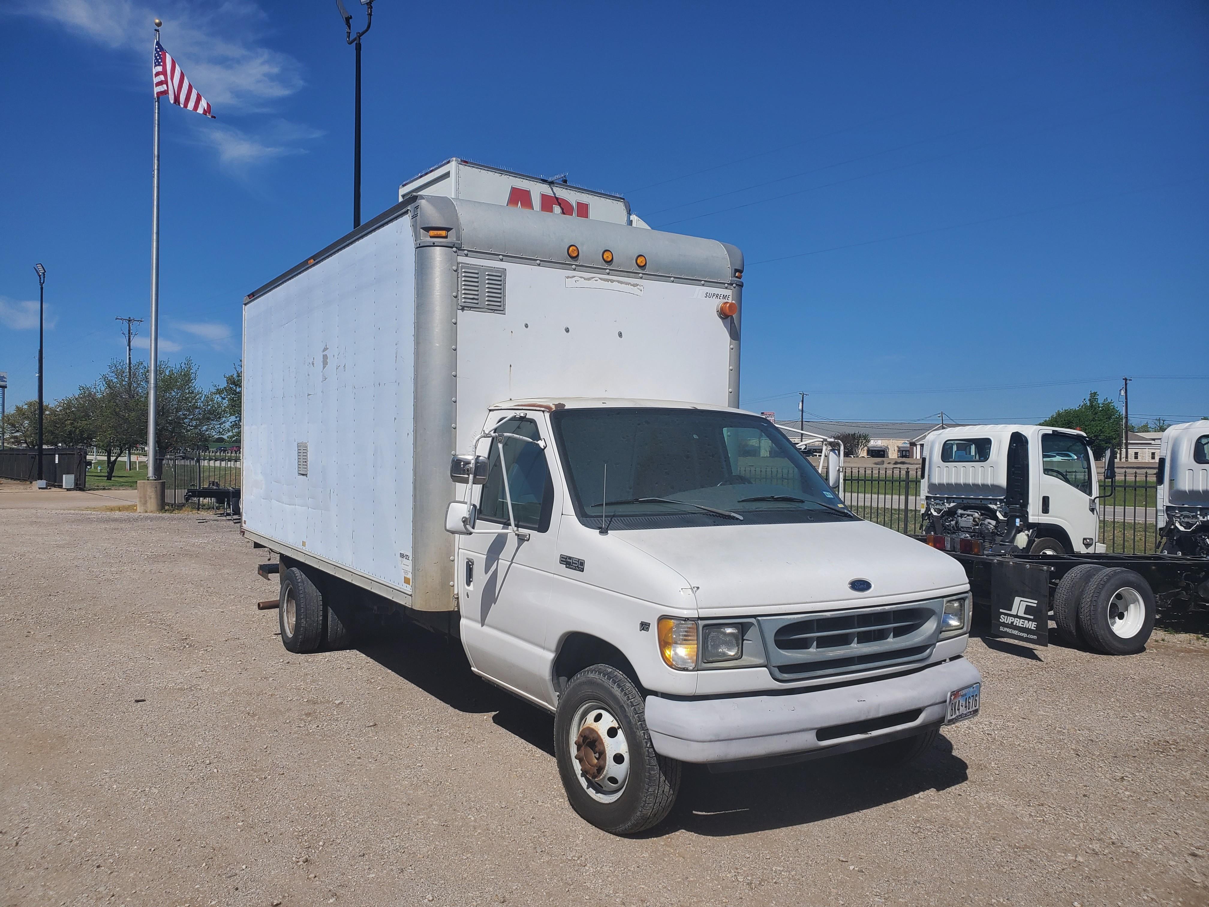 Used, 2001, Ford, E450 CUTAWAY 16', Van Trucks
