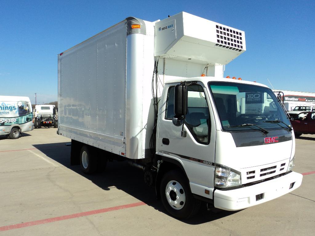 Used, 2006, Isuzu, GMC W4500 DIESEL, Cabover Trucks