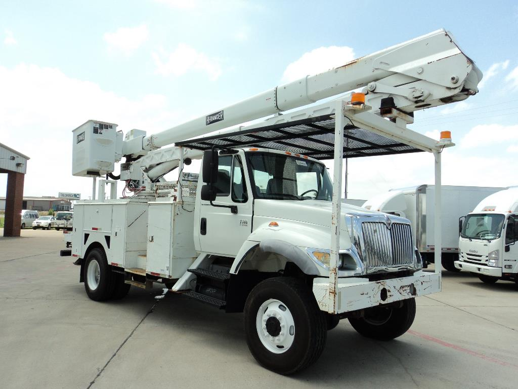 Used, 2005, International, 7300, Bucket / Boom Trucks