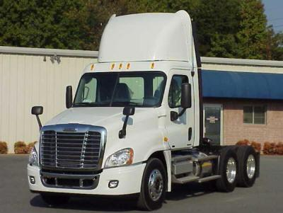 New, 2010, Freightliner, Cascadia, Conventional Trucks