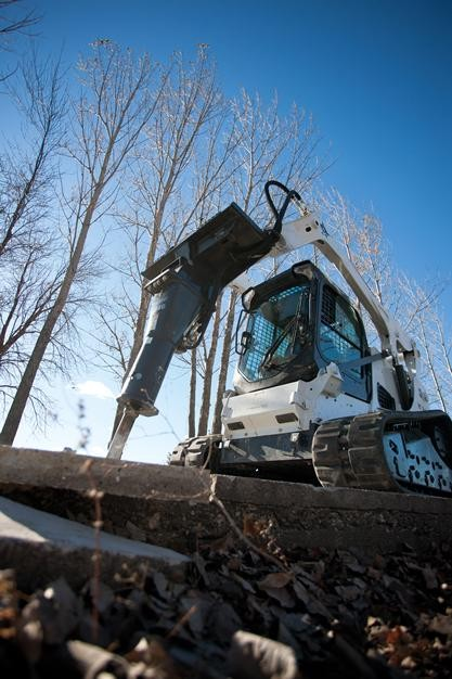 Used, Bobcat, 2570 Breaker, Digging Attachments