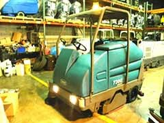 Used, 2010, Tennant, 7300 Cylindrical, Floor Cleaning Equipment
