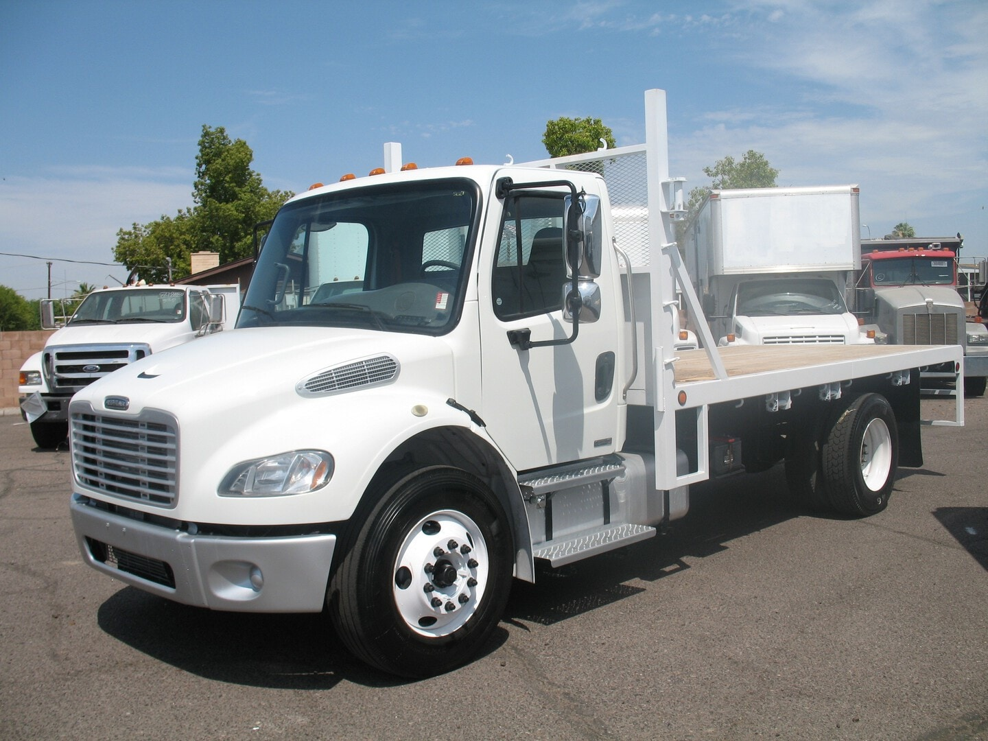 Used, 2007, Freightliner, M2 Business Class 106, Flatbed Trucks
