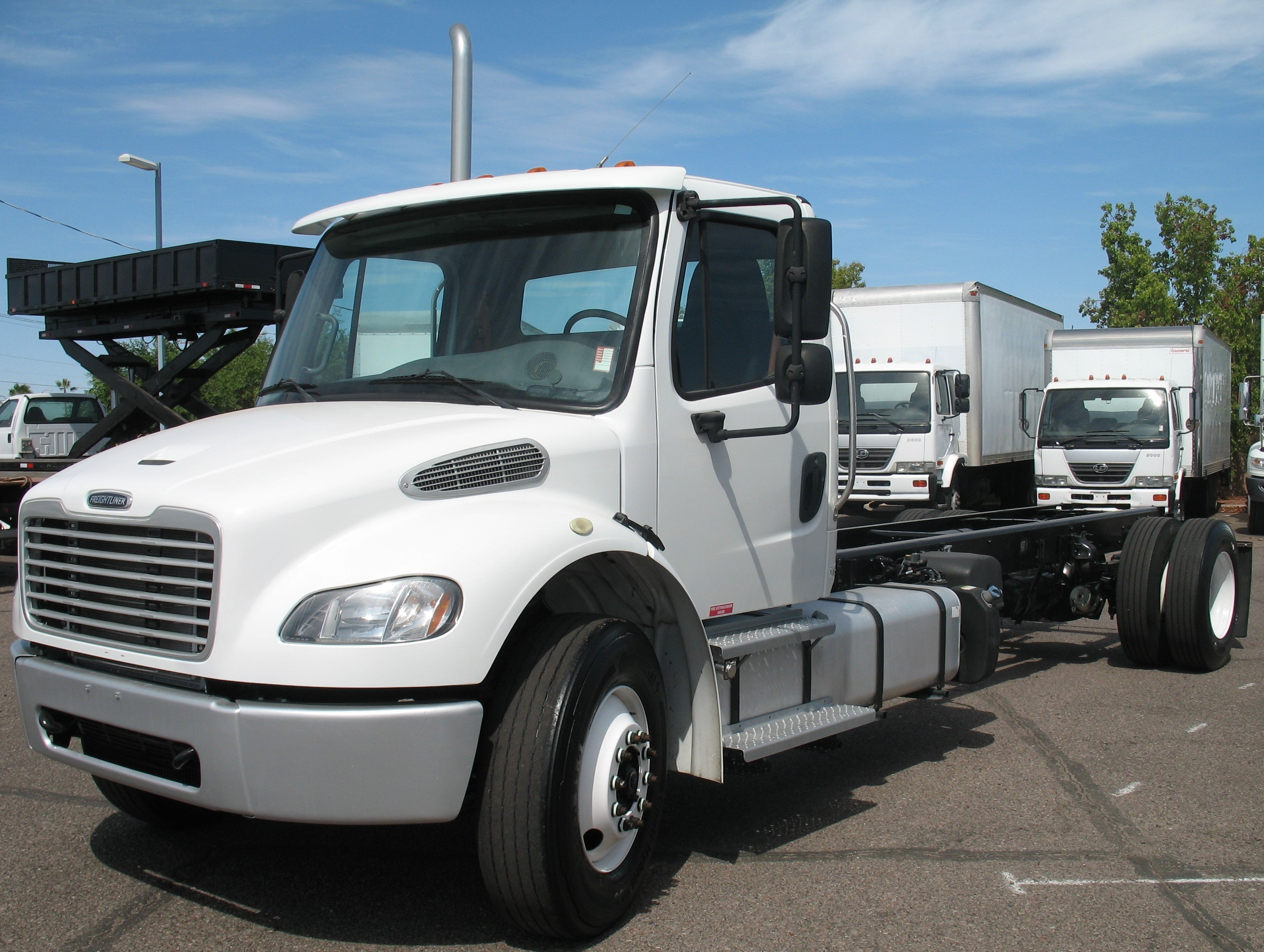 Used, 2014, Freightliner, M2 106, Cab / Chassis Trucks