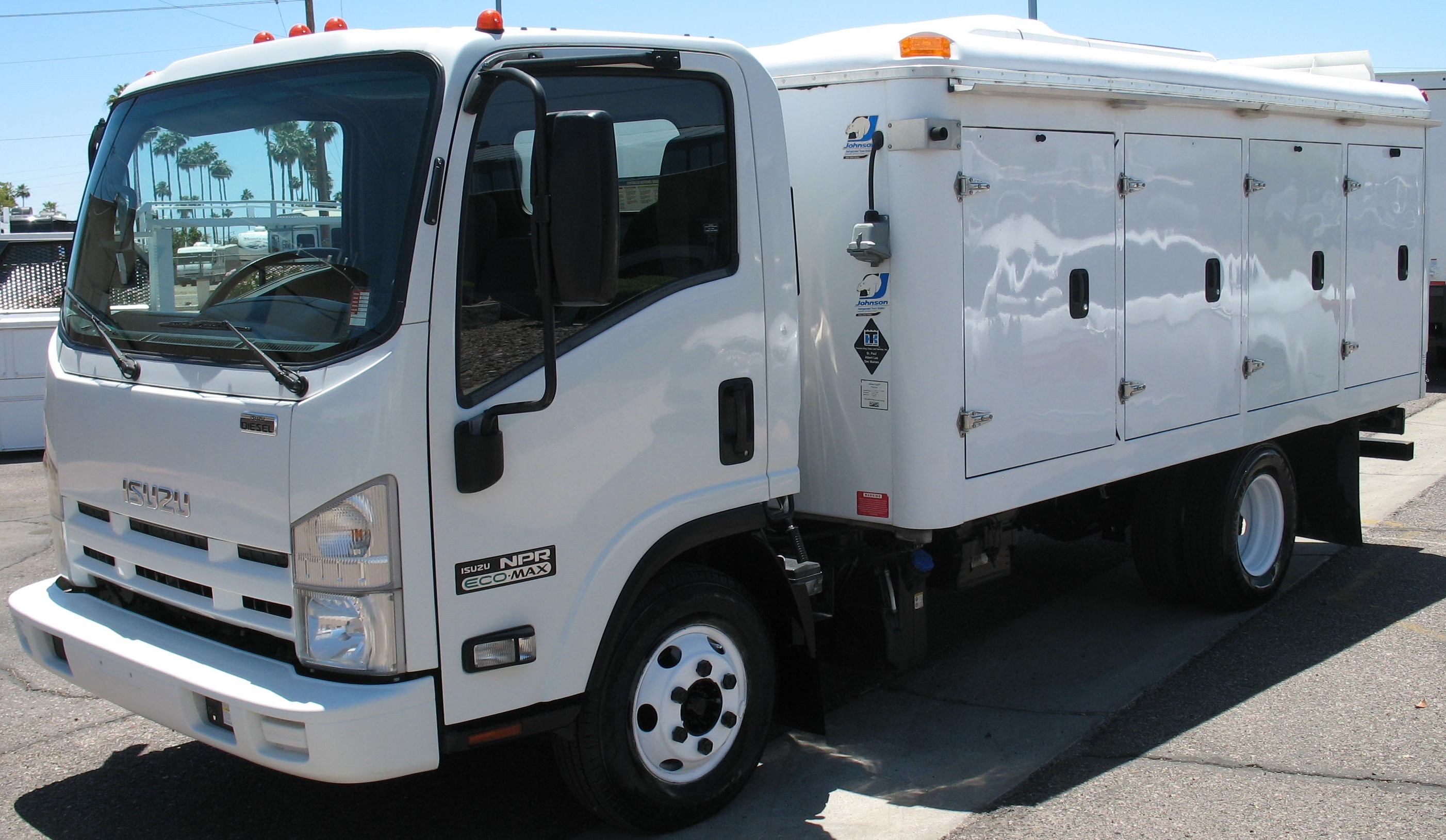 Used, 2012, Isuzu, NPR, Reefer Trucks