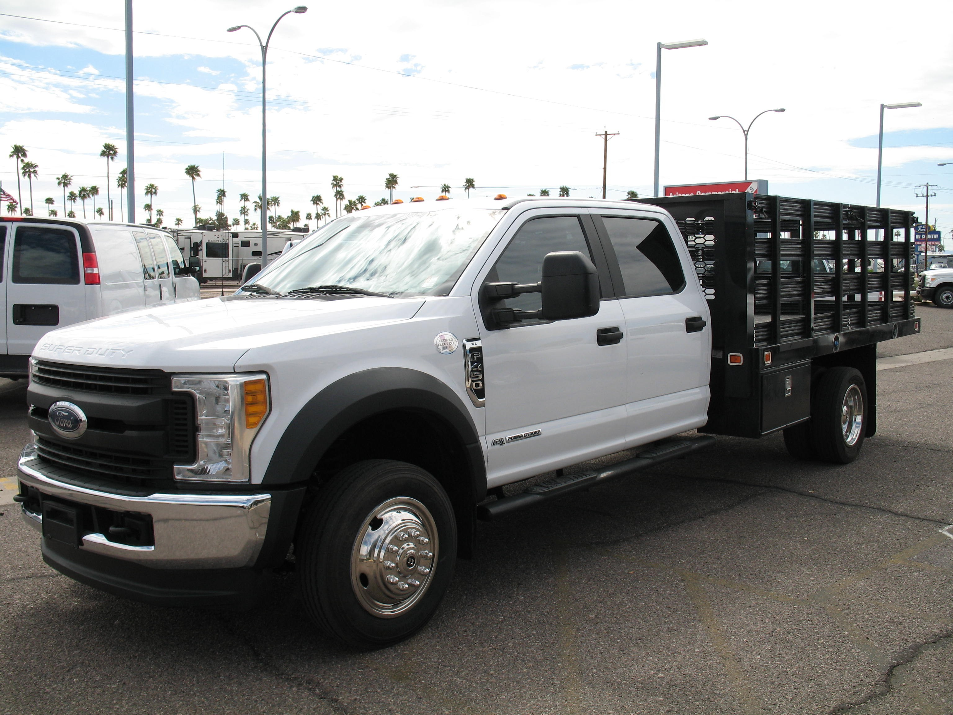 Used, 2017, Ford, F-450 SD XL Crewcab, Stake Trucks