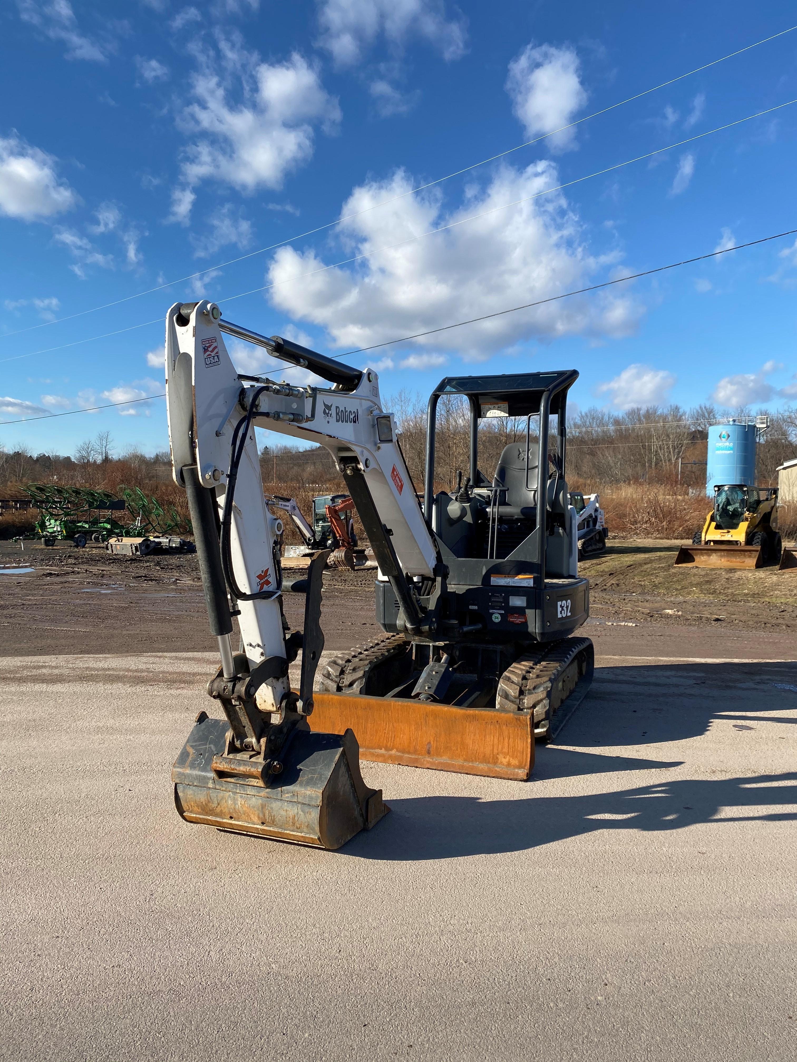 Used, 2014, Bobcat, E32, Excavators