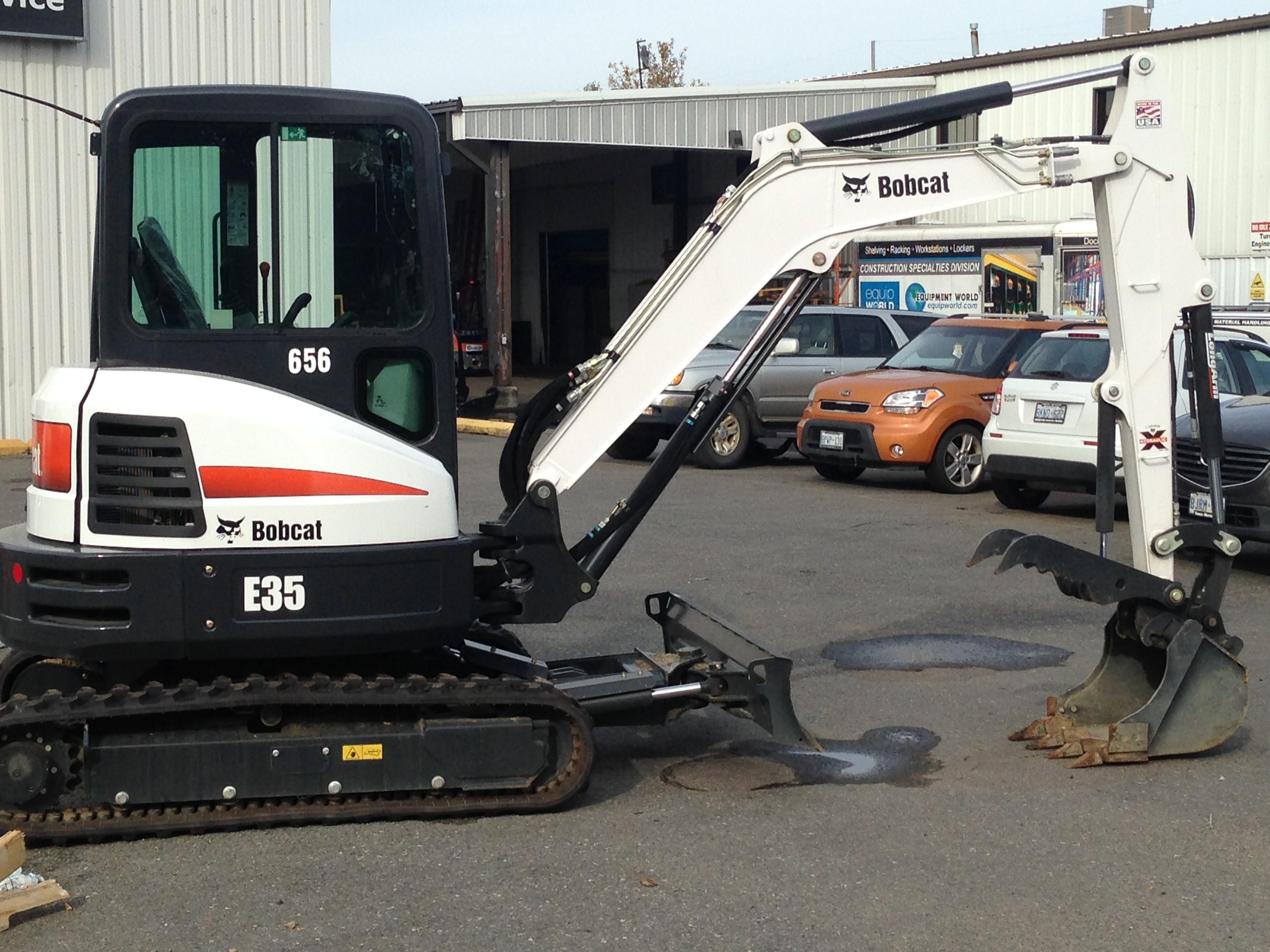 Used, 2016, Bobcat, E35 T4 Long Arm, Excavators