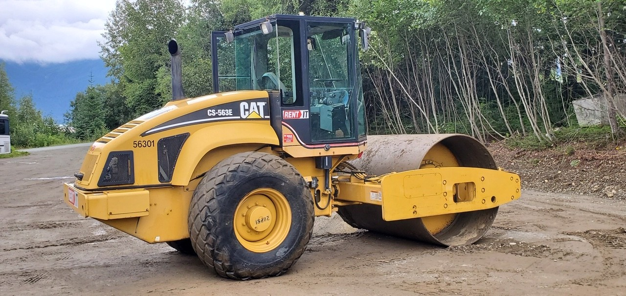 Used, 2004, CAT, CS-563E, Compaction Roller