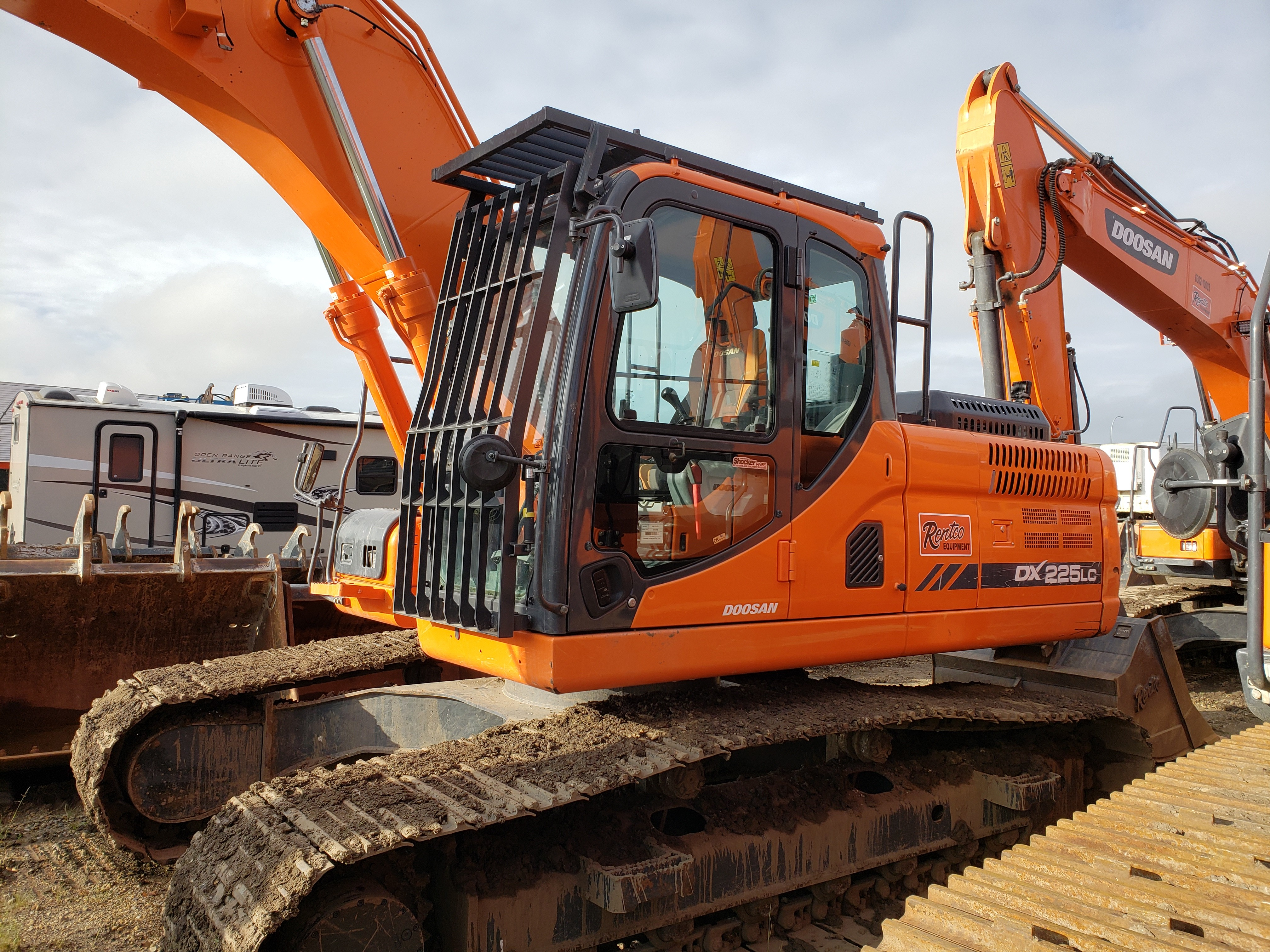 Used, 2014, Doosan Construction, DX225LC-3, Excavators