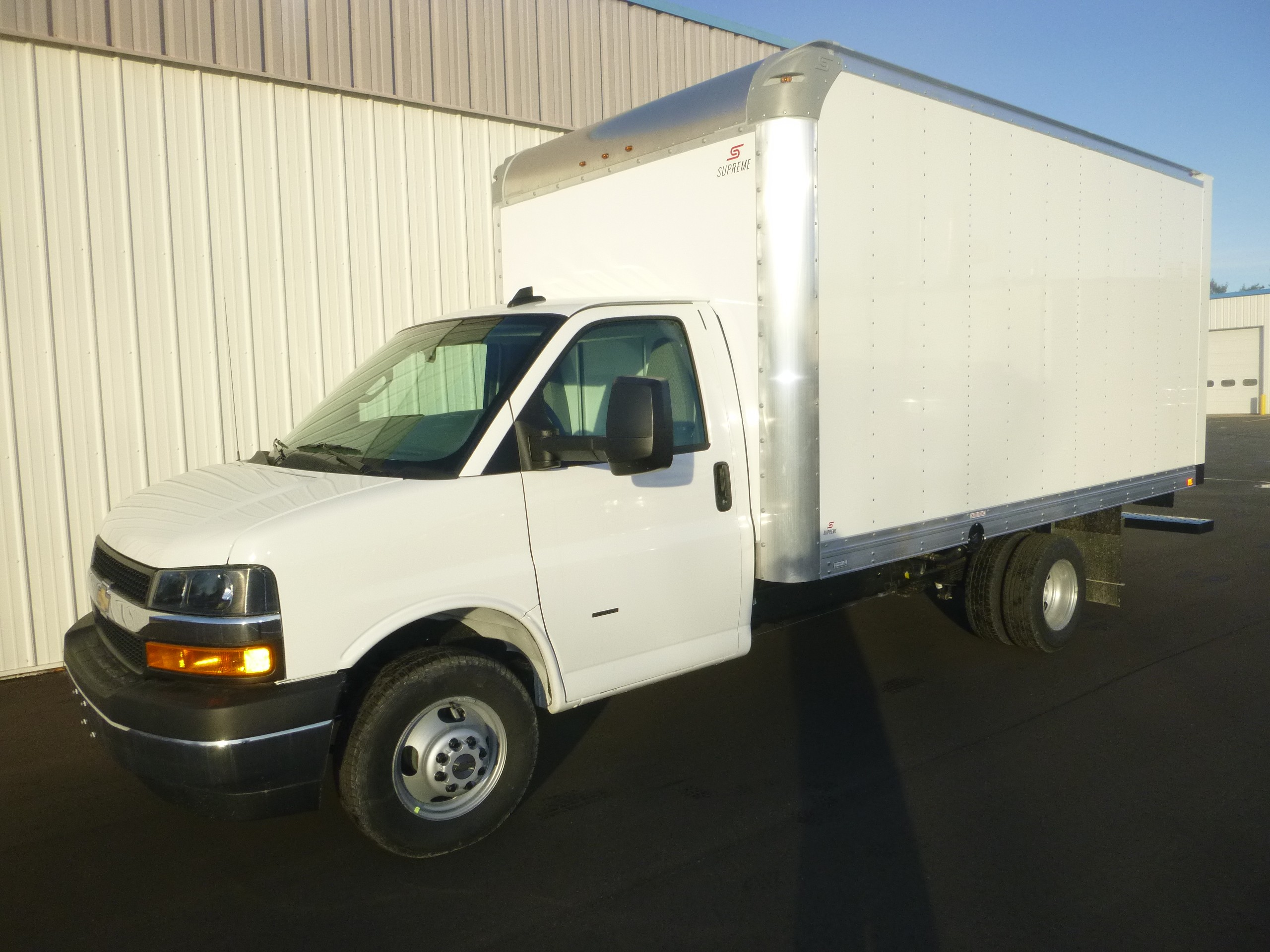 New, 2021, Chevrolet, 3500 Express Cutaway, Van Trucks