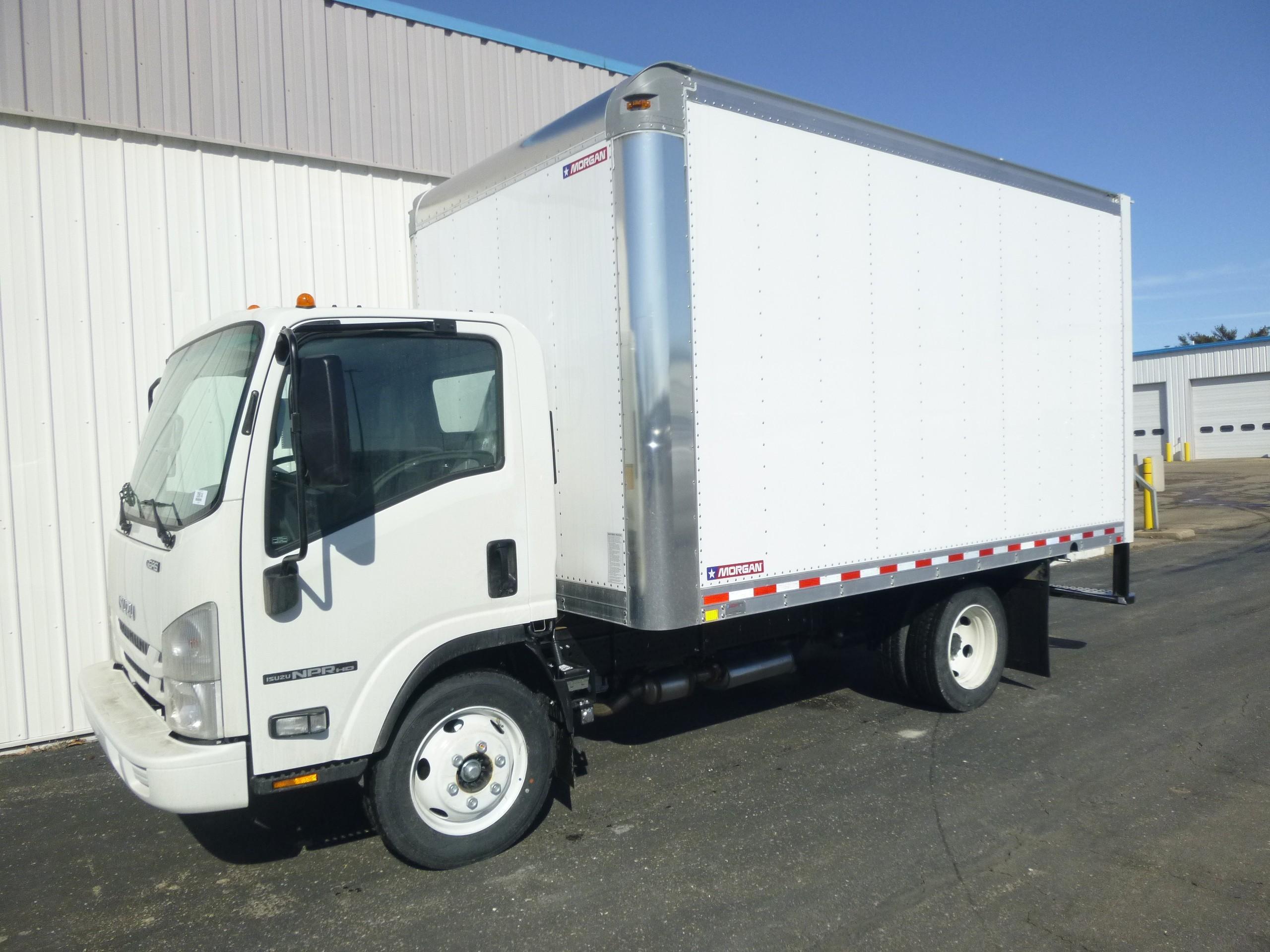 New, 2020, Isuzu, NPR-HG Gas, Van Trucks