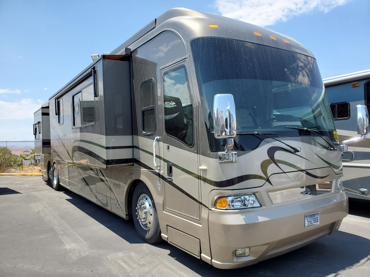 Used, 2005, Country Coach, MAGNA 360, RV - Class A
