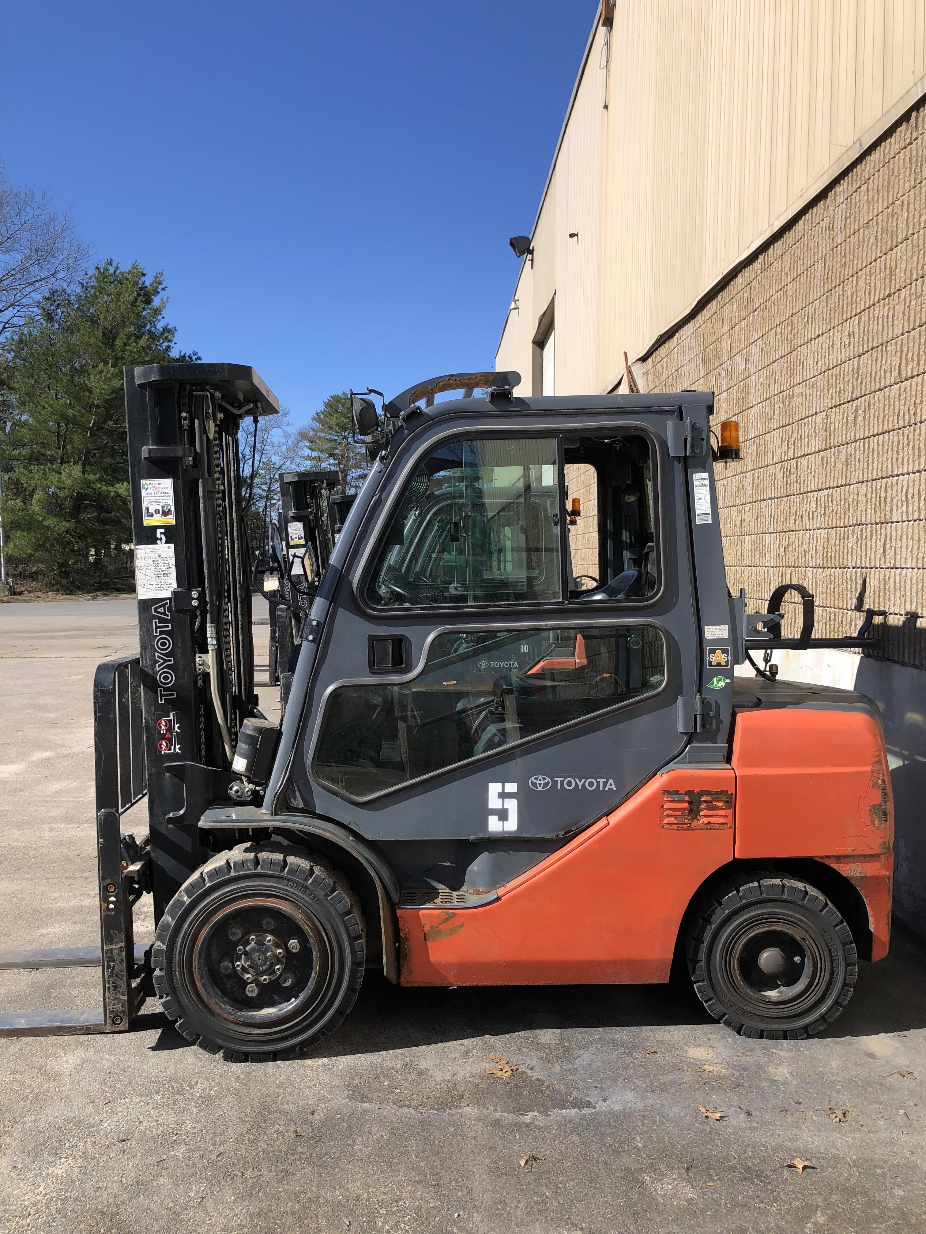 Used, 2011, Toyota Industrial Equipment, 8FGU30, Forklifts / Lift Trucks