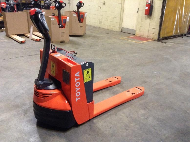 Used, 2012, Toyota Industrial Equipment, 7HBW23, Forklifts / Lift Trucks
