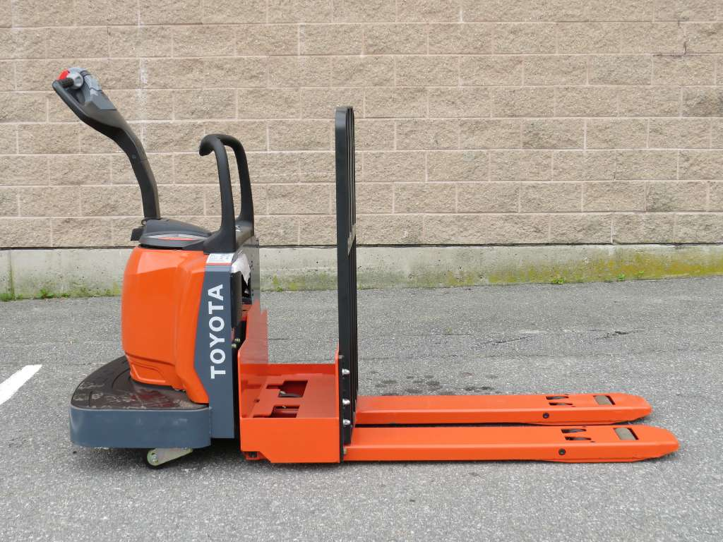 Used, 2012, Toyota Industrial Equipment, 8HBE30, Forklifts / Lift Trucks