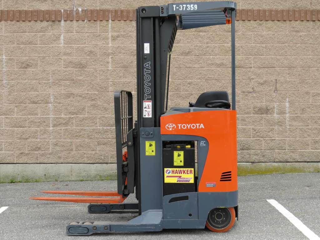 Used, 2009, Toyota Industrial Equipment, 8BRU18 Single Reach, Forklifts / Lift Trucks