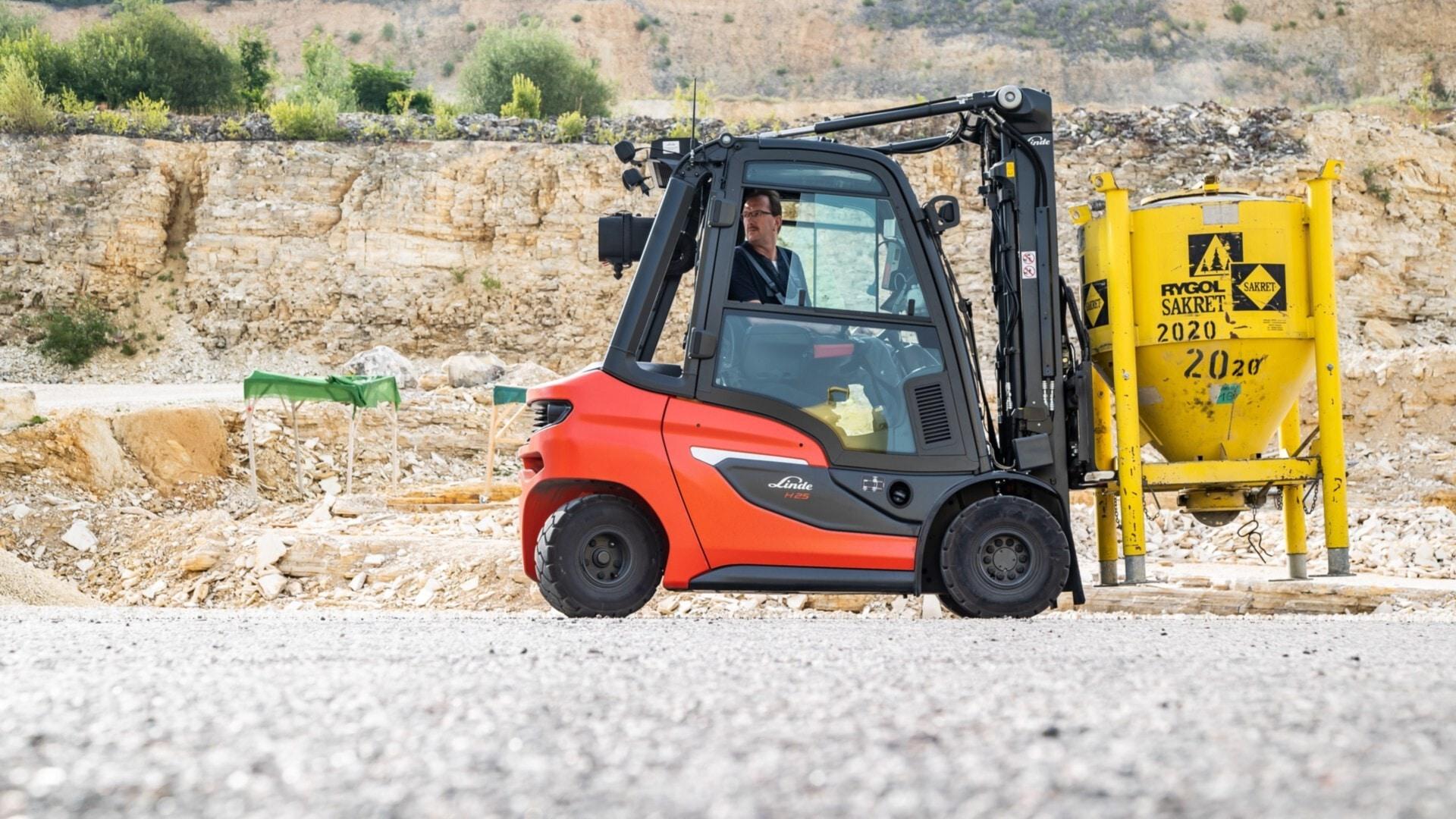 New, 2021, Linde, H25, Forklifts / Lift Trucks