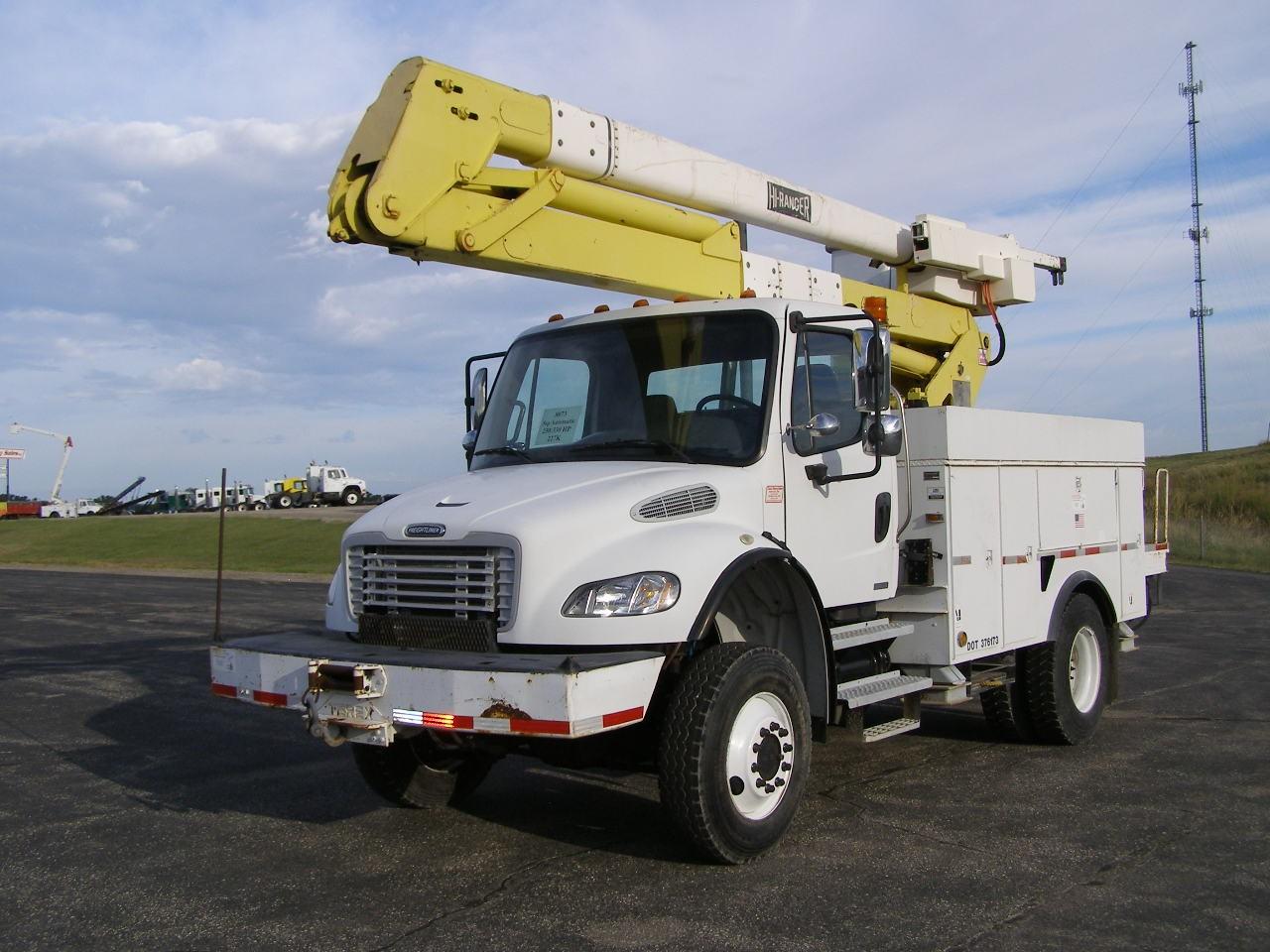 Used, 2006, Freightliner, M2 227120 Miles!!  2-3k, Bucket / Boom Trucks