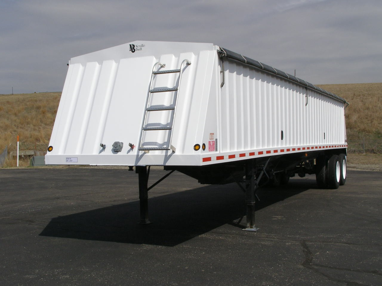 Used, 2010, Neville Built, INNSV 40' Steel Hopper  SOLD, Hoppers / Wagons