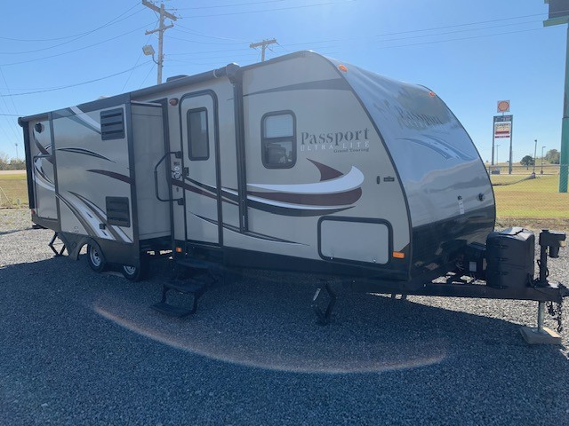 Used, 2015, Keystone, Passport Ultra Lite Grand Touring 2770RB, Travel Trailers