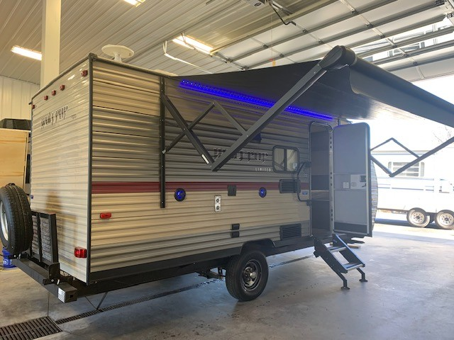 Used, 2018, Forest River, Cherokee Wolf Pup 18TO, Travel Trailers