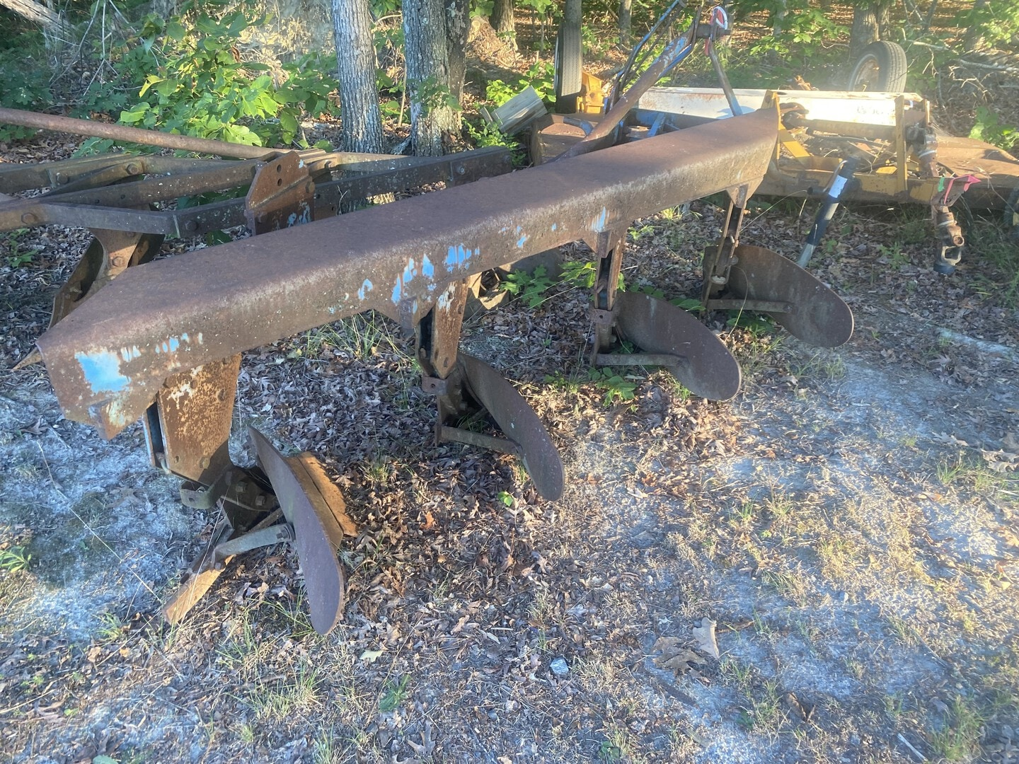 Used, 0, Ford, Ford 4 bottom plow , Plow / Spreader Trucks