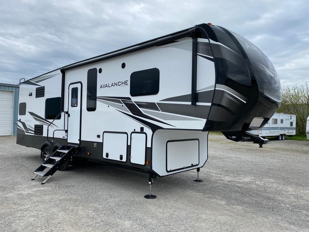 New, 2021, Keystone, Avalanche 295RK, Fifth Wheels