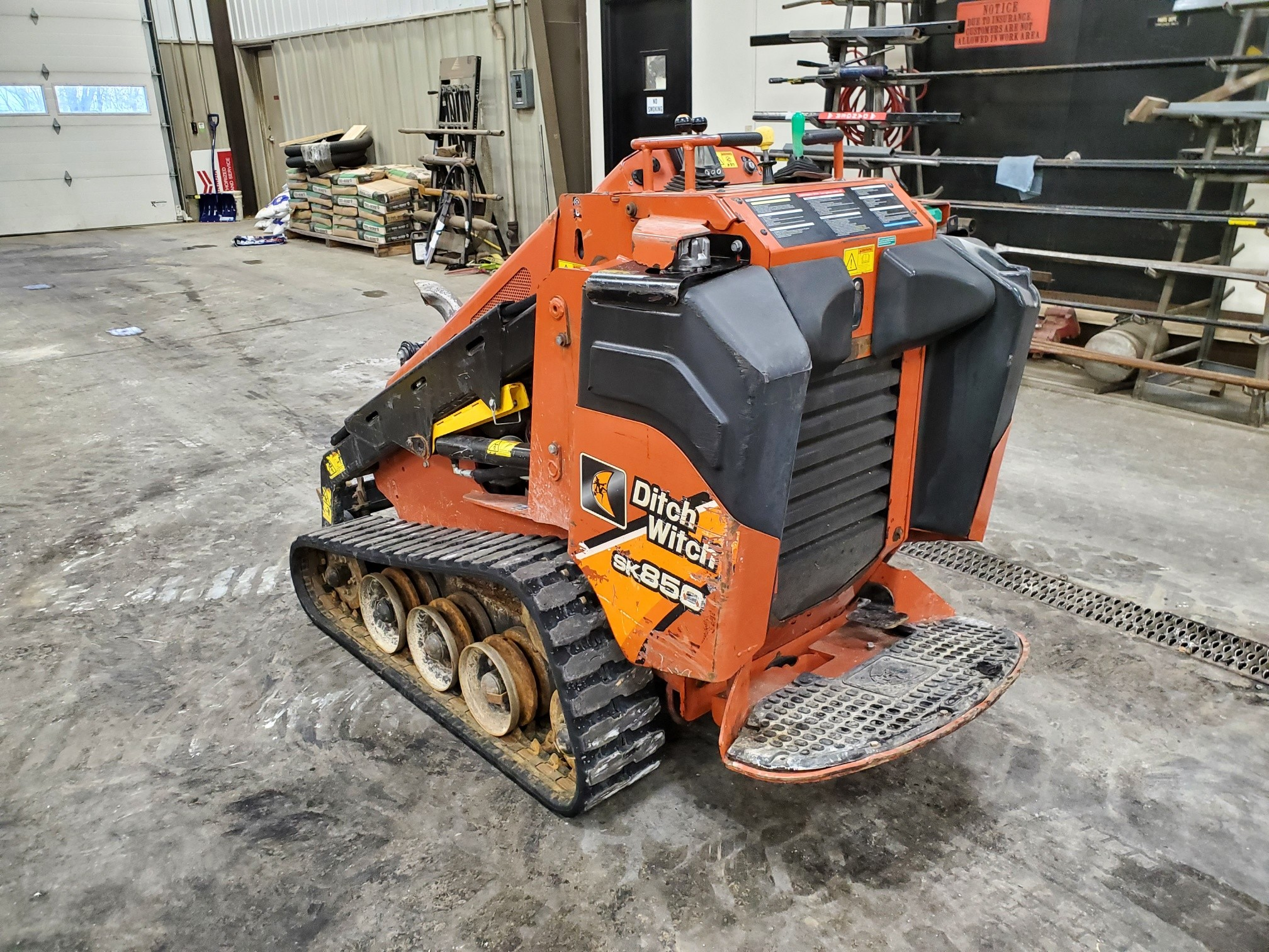 Used, 2015, Ditch Witch, SK850, Skid Steers