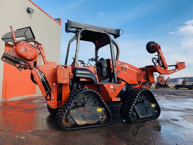 Used, 2012, Ditch Witch, RT115 Quad, Trenchers