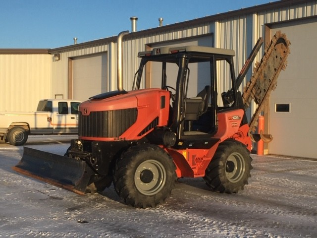 Used, 2015, Ditch Witch, RT105, Trenchers