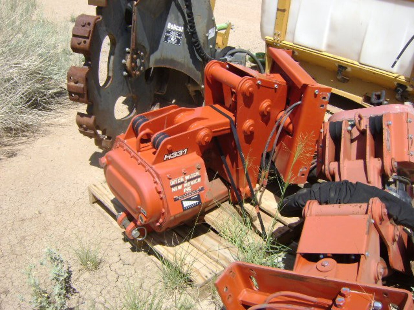 Used, 2019, Ditch Witch, H331  Vibratory Plow, Digging Attachments