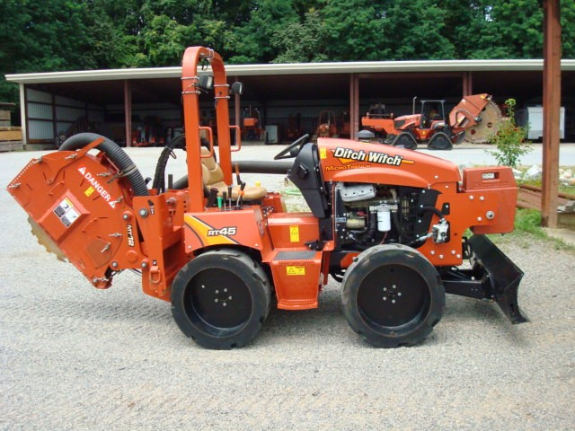 Used, 2015, Ditch Witch, RT45, Trenchers