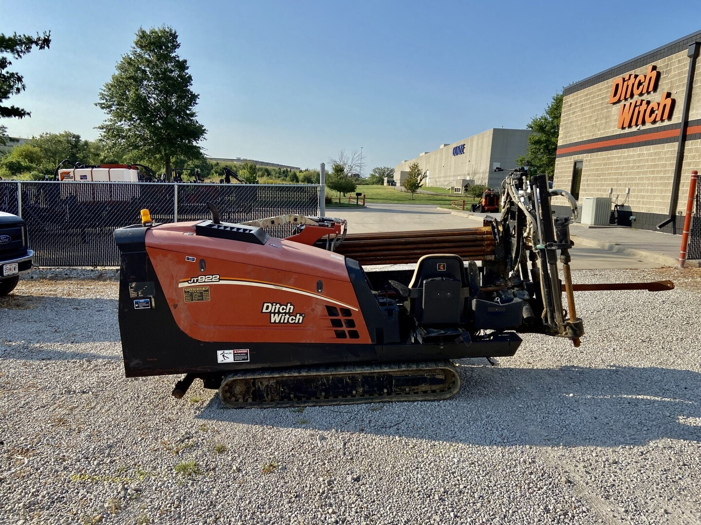 Used, 2007, Ditch Witch, JT922 with 300' DW Pipe, Housing and Bit, Boring / Drilling Machines