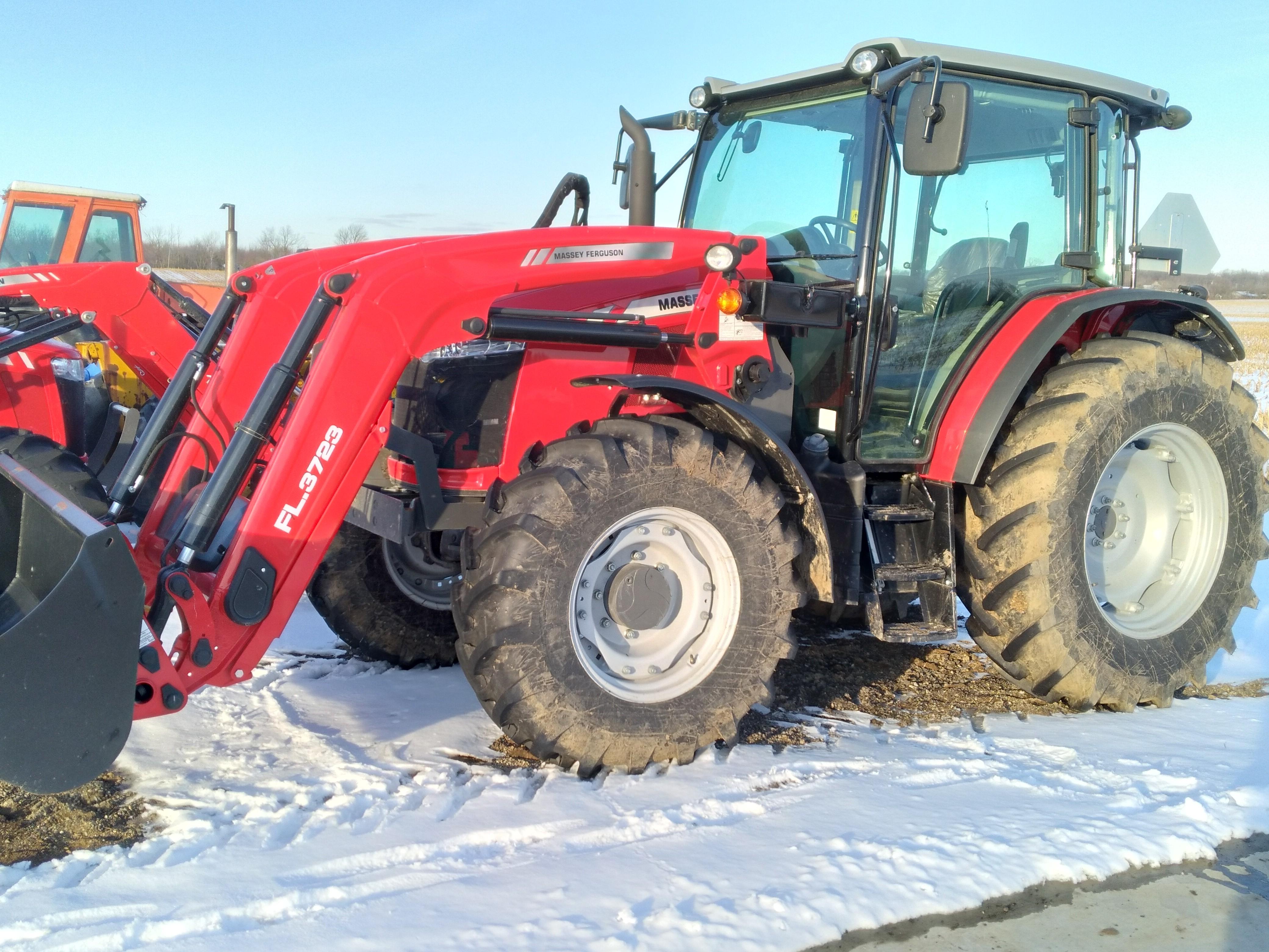 Used, 2019, Massey Ferguson, 5711, Tractors