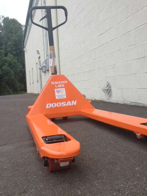 New, 1900, Doosan Industrial Vehicle, HPT28-1-06, Material Handling Equipment