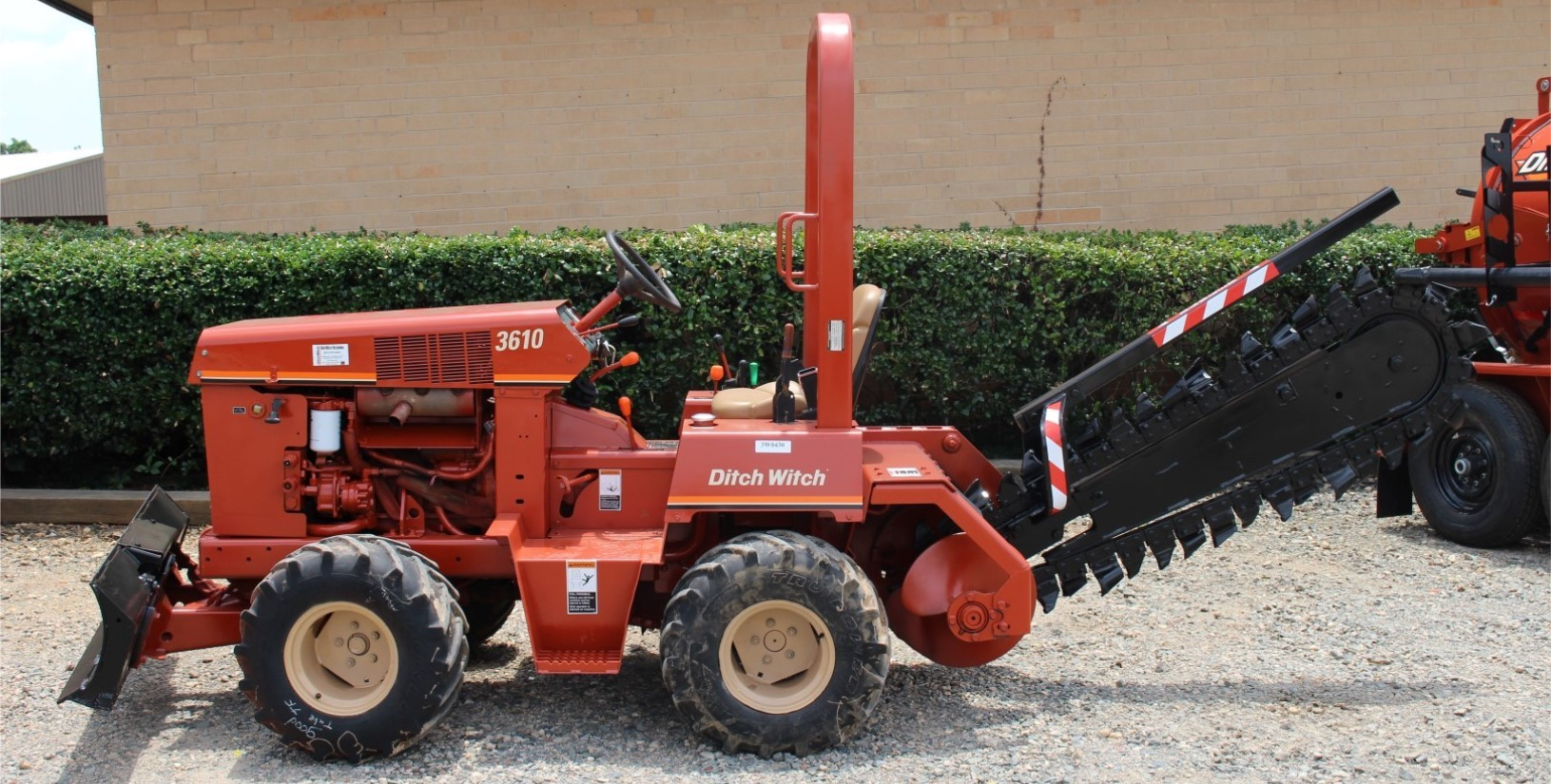 Used, 2002, Ditch Witch, 3610, Trenchers