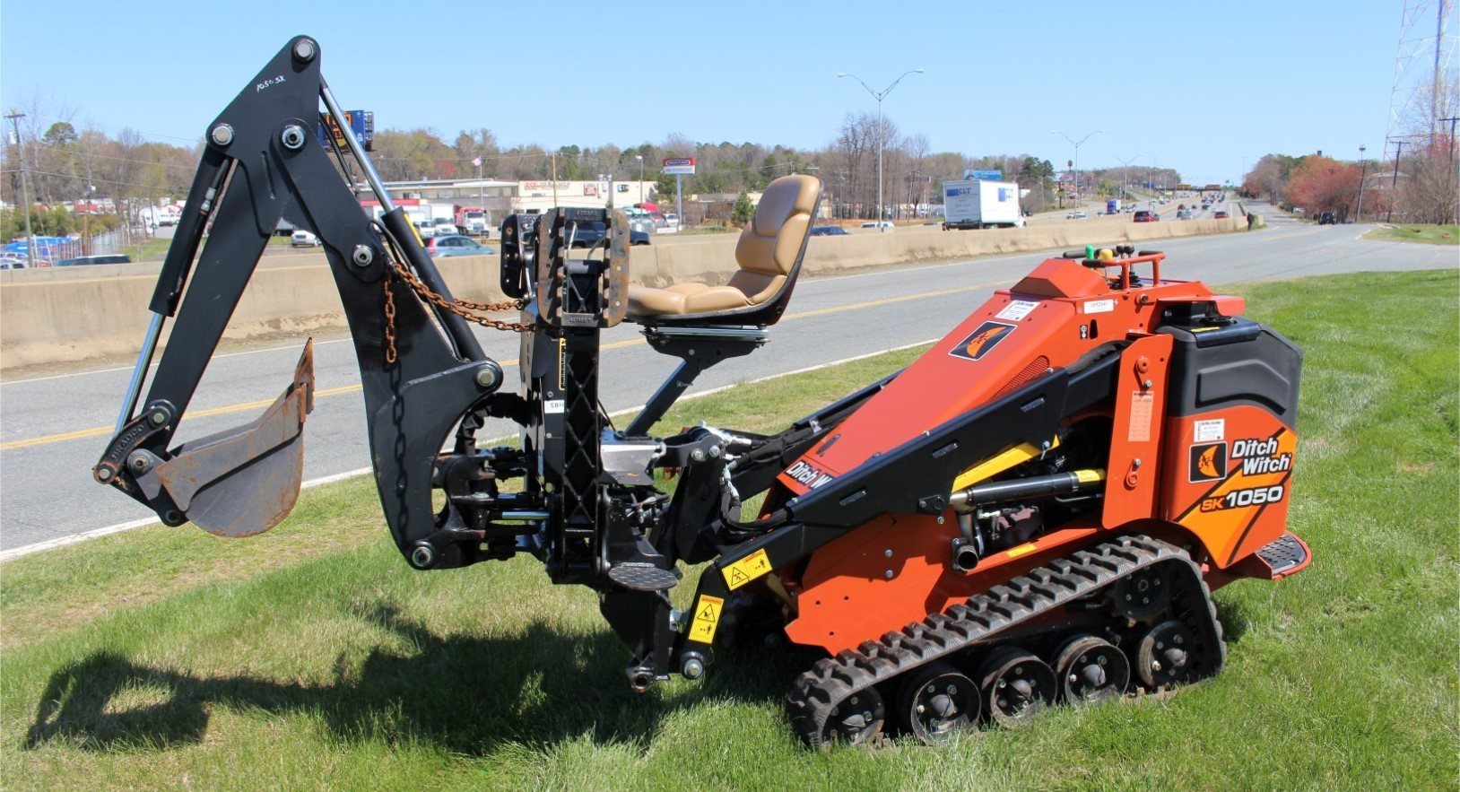 New, Ditch Witch, SK1050 w/ Backhoe Attachment, Skid Steers