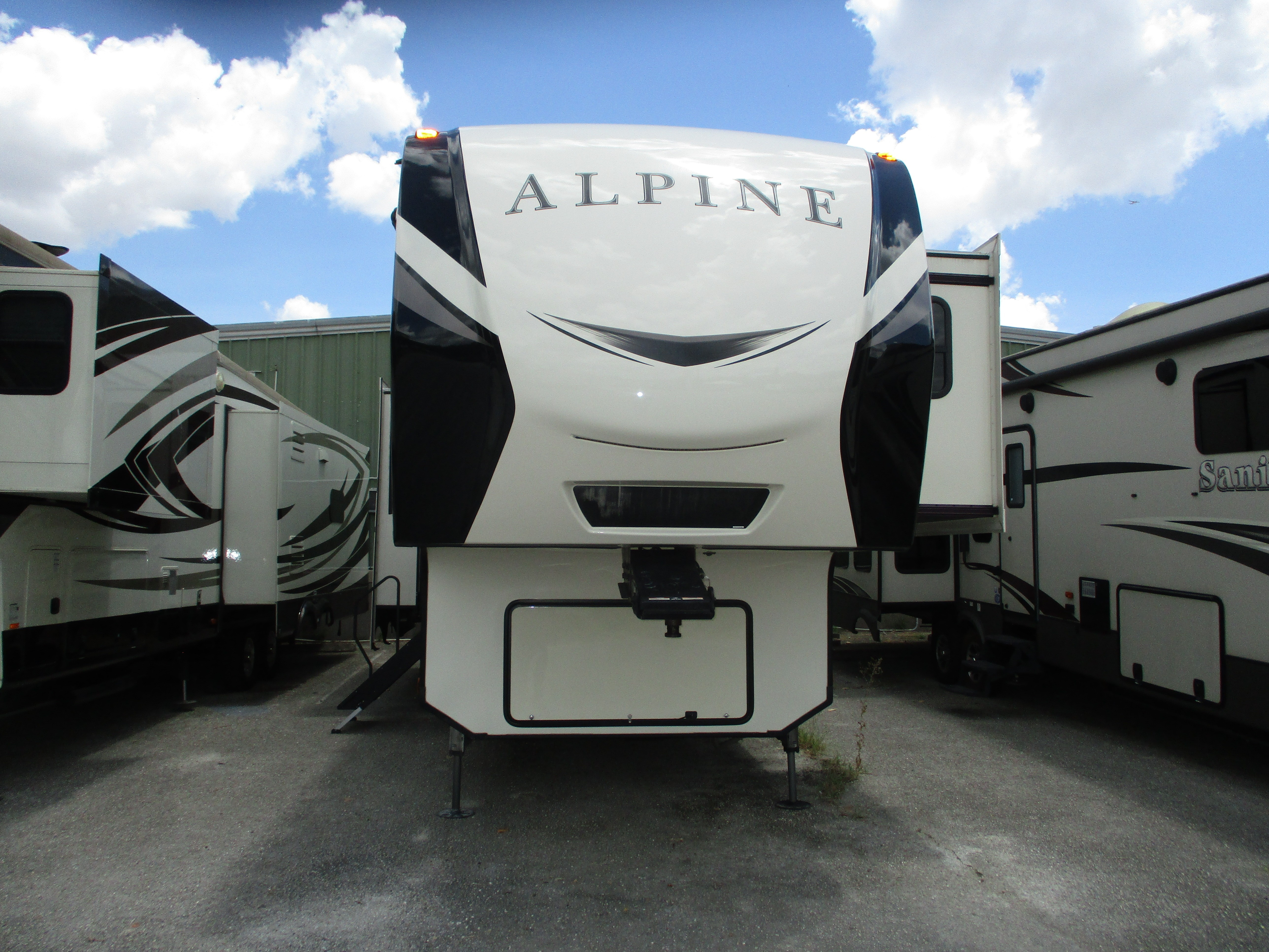 Used, 2018, Keystone, Alpine 3401RS, Fifth Wheels
