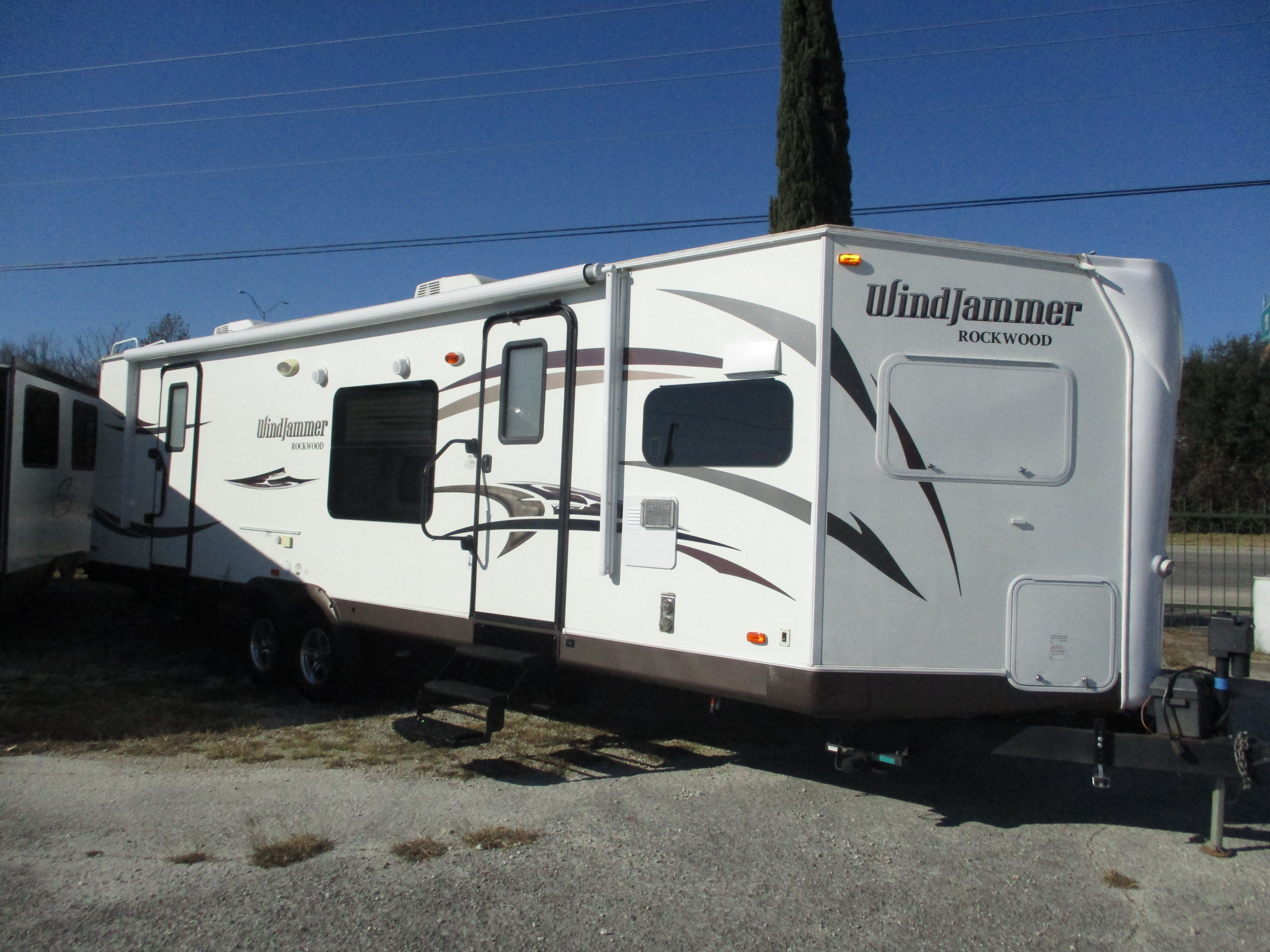 Used, 2015, Forest River, Rockwood Windjammer 3008W, Travel Trailers