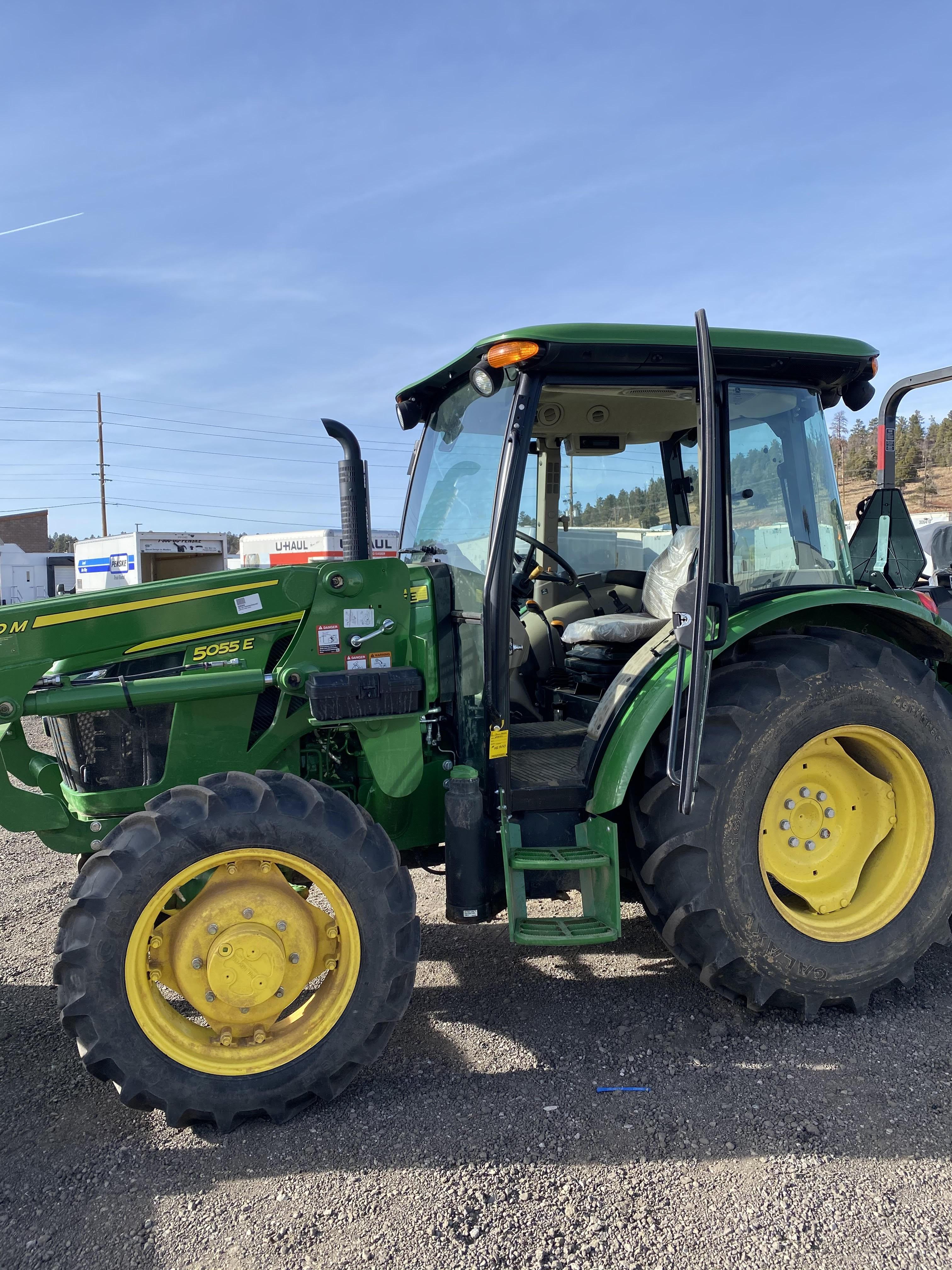 Used, 2015, John Deere, 5055E Cab, Tractors