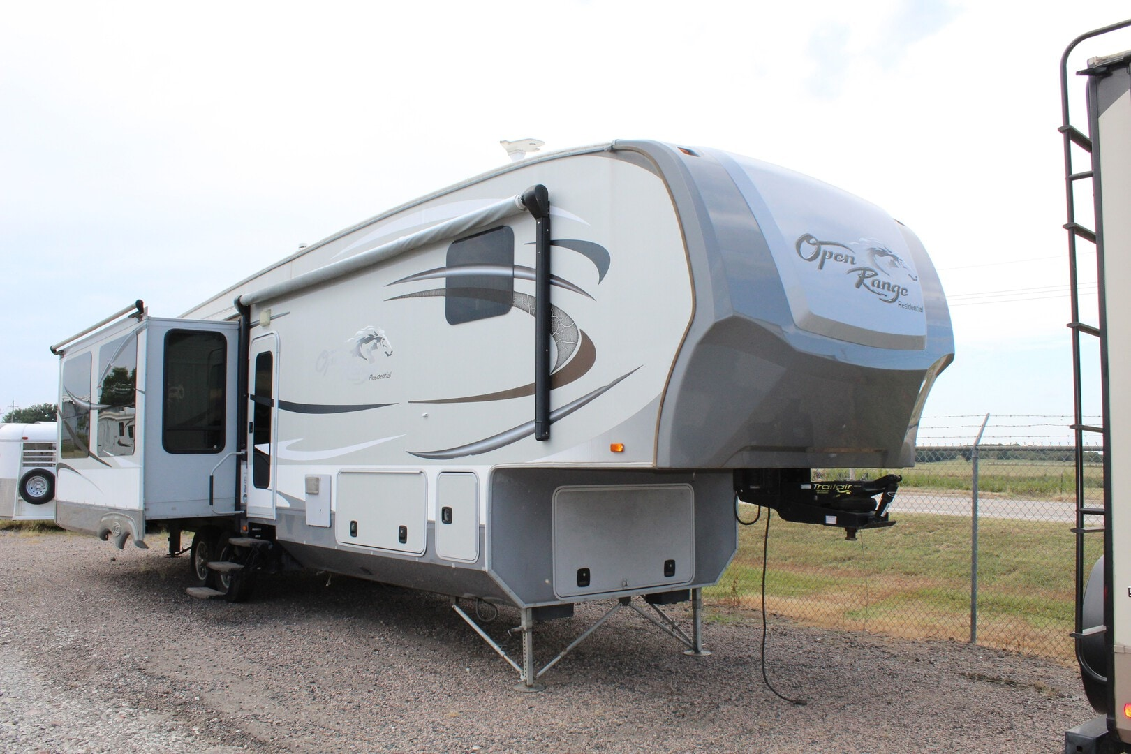 Used, 2013, Open Range, Residential R412RSS, Fifth Wheels