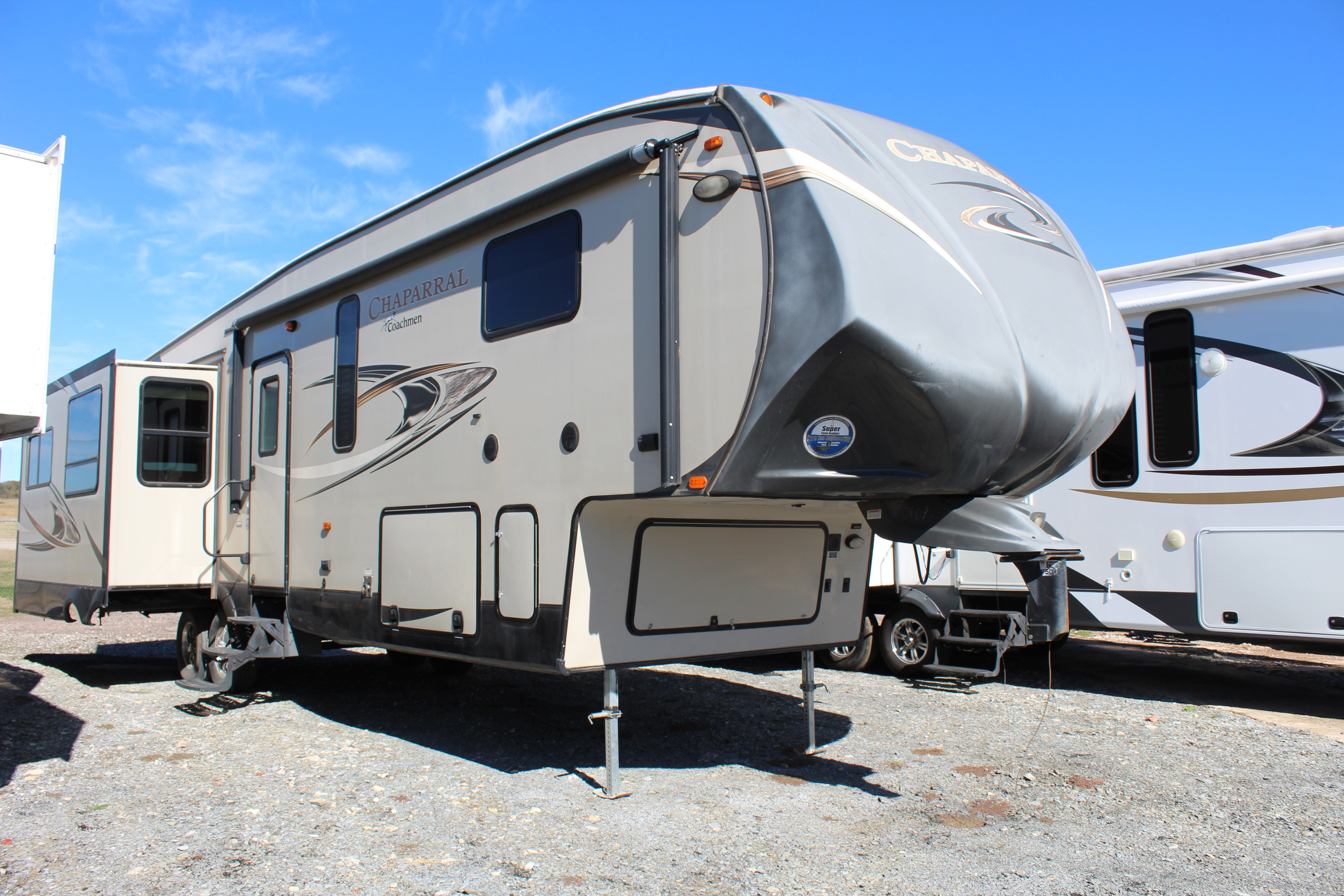 Used, 2015, Chaparral by Coachmen, 360IBL, Fifth Wheels
