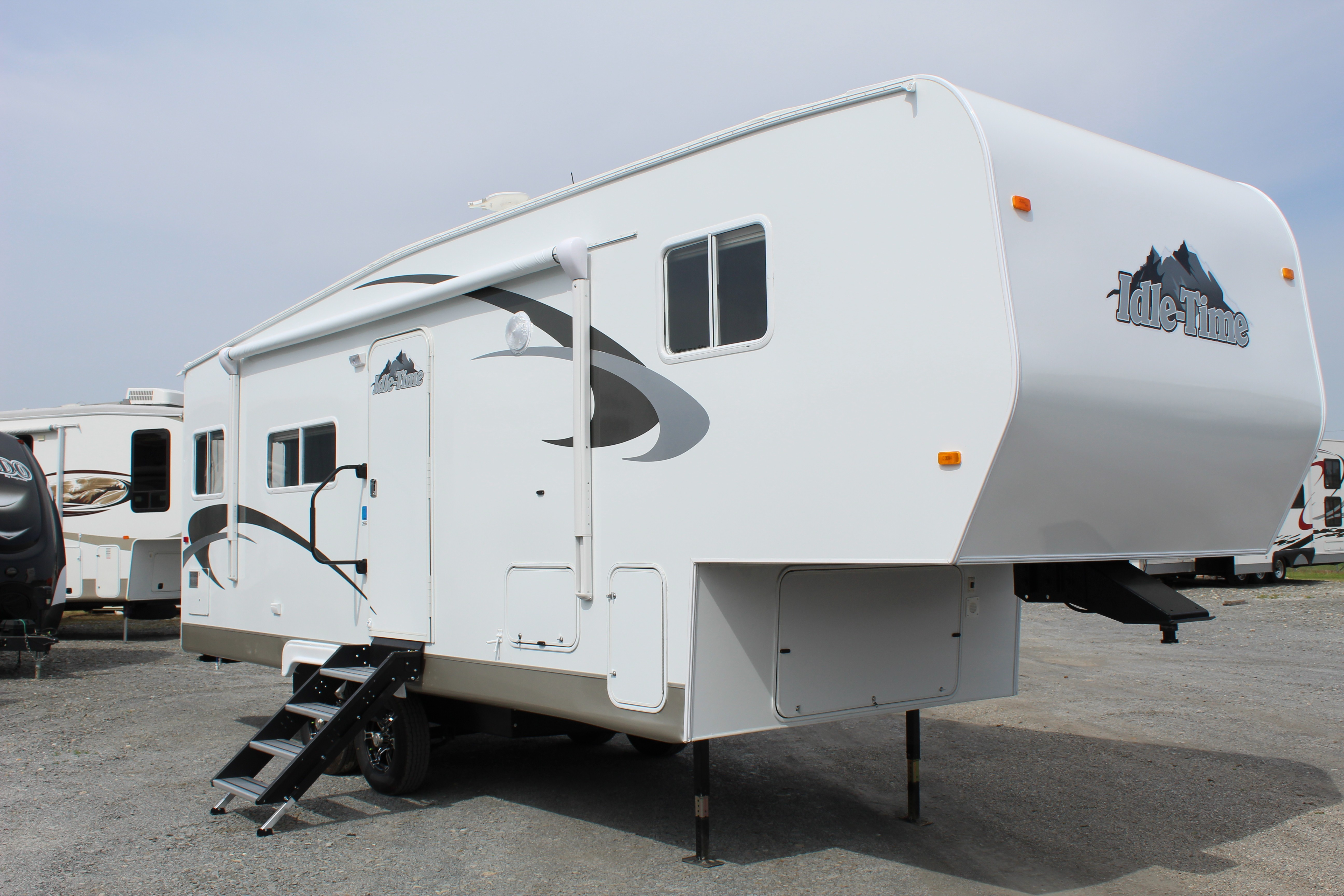 New, 2021, Idle-Time, 255RKS, Fifth Wheels