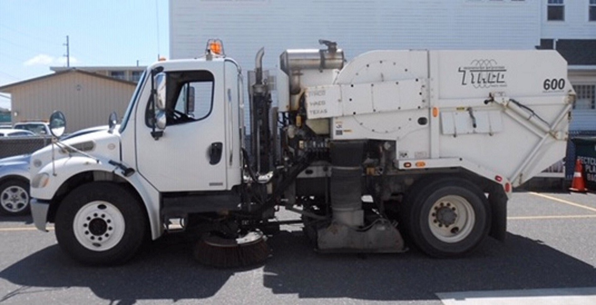 Used, 2010, Tymco, 600 BAH Street Sweeper, Sweepers