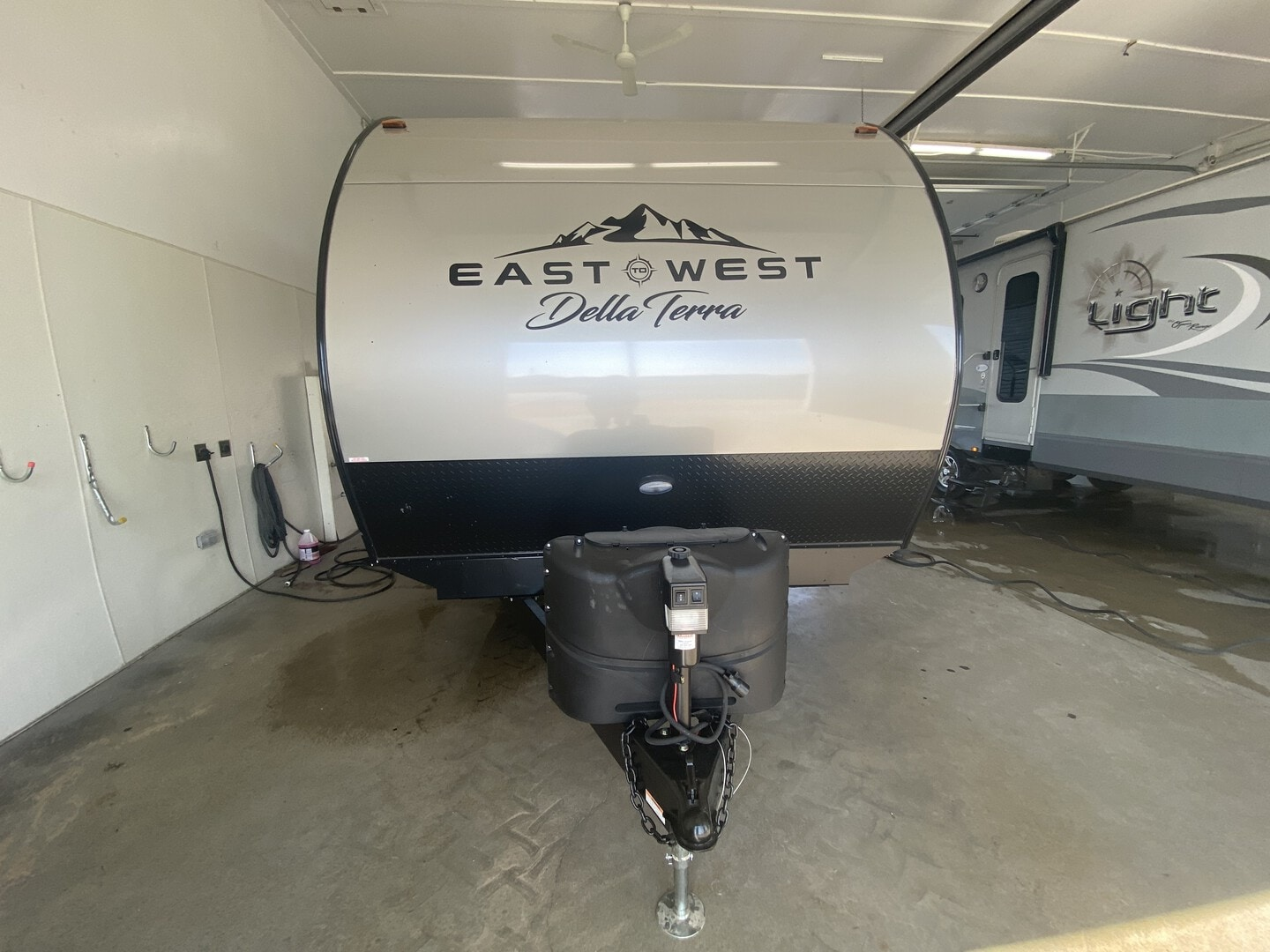New, 2022, East To West, Della Terra 250BH, Travel Trailers